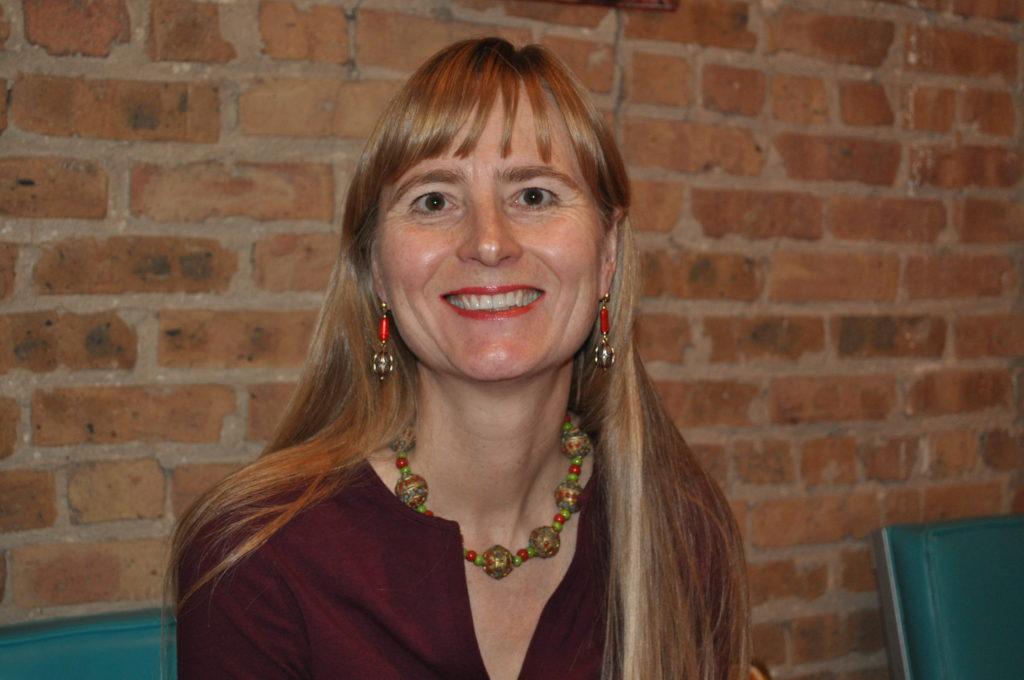 Eva Niewiadomski offers tips for virtual networking events